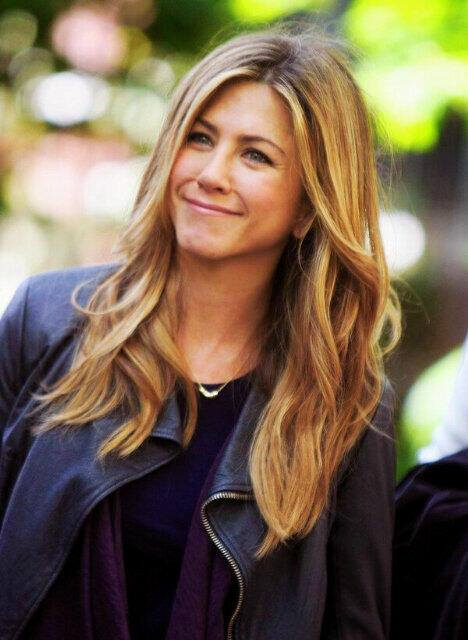 The Goddess Manifests Herself In The Form Of Cuteness,<br />We Just Call Her The Goddess Of Cuteness!&NewLine;&NewLine;Gallery Goddess Of Cuteness - Jennifer&lowbar;Aniston-Cute-016&period;jpg